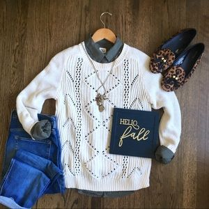 Old Navy cream open cable knit pullover sweater